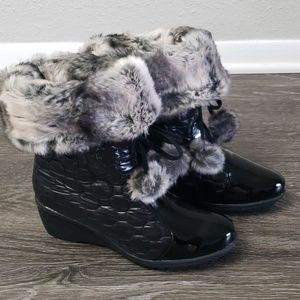 Puffer Wedge Boots sz 10